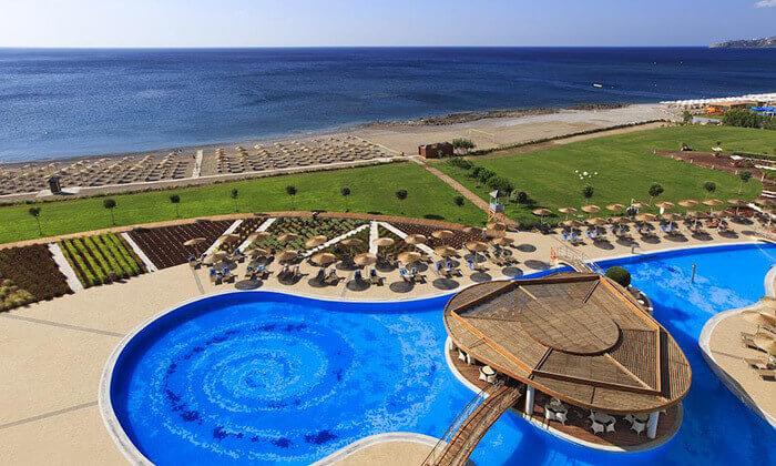 11 יוני ברודוס - מלון 5 כוכבים מומלץ על חוף הים