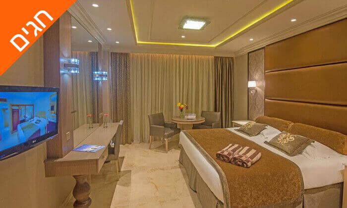 6 5 כוכבים ב-Nissi Beach קפריסין - Adams Beach Hotel, כולל סופ''ש ושבועות
