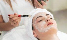 טיפולי פנים בסטודיו 18