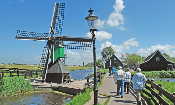 7 טיול יום מאמסטרדם בארץ המים, כפרי הדייגים וטחנות רוח
