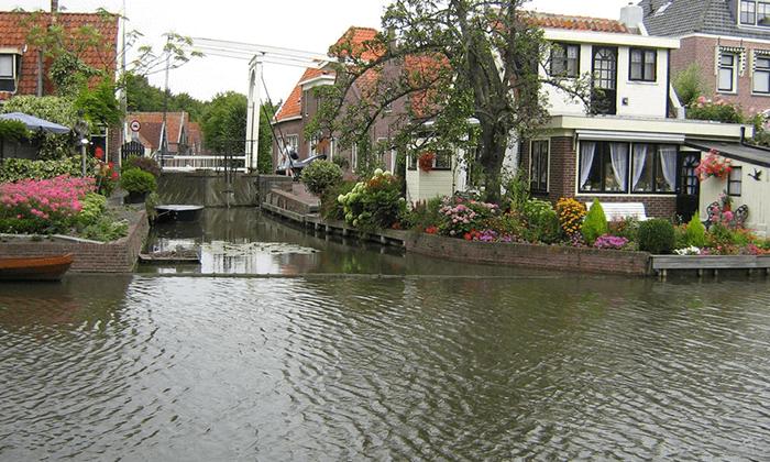 6 טיול יום מאמסטרדם בארץ המים, כפרי הדייגים וטחנות רוח