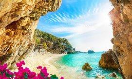 יולי באי היווני קורפו