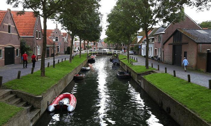3 טיול יומי לחיטהורן, הולנד - יציאה מאמסטרדם
