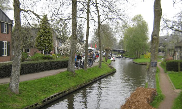 6 טיול יומי לחיטהורן, הולנד - יציאה מאמסטרדם