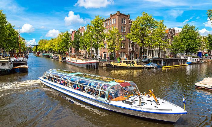2 אמסטרדם עם סירה Hop On-Hop Off