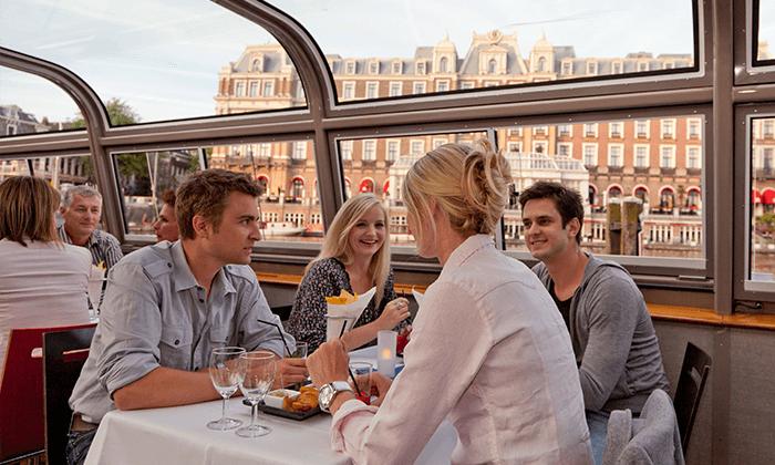 """2 שייט קוקטיילים באמסטרדם, כולל סופ""""ש"""