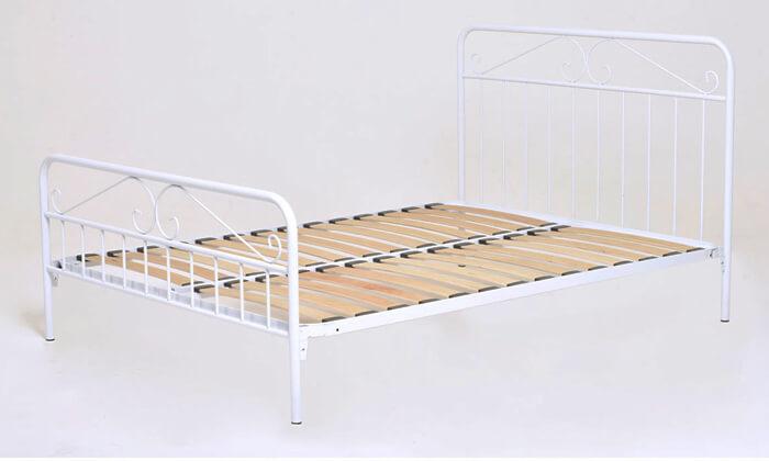 5 מיטה זוגית ממתכת BRADEX