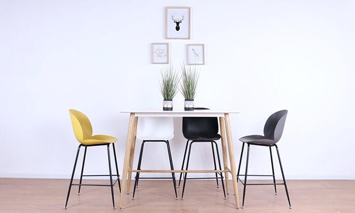 7 כסא בר מעוצב לבן