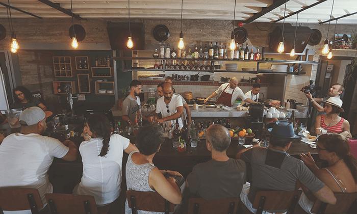 11 מסעדת עלמא, ליד חוף הים של אשדוד - ארוחת פרימיום זוגית