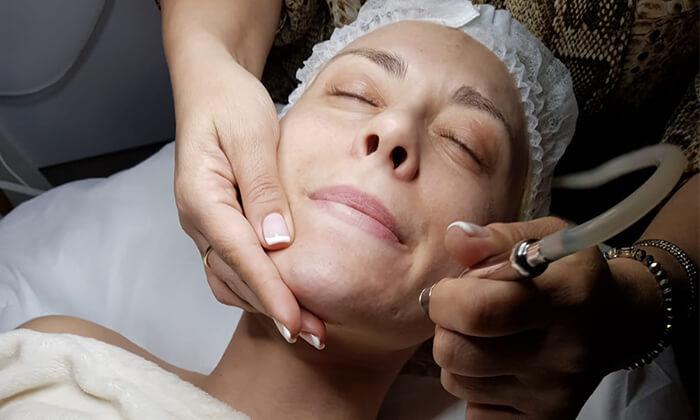 2 טיפול פנים במכון היופי The beauty lounge, תל אביב