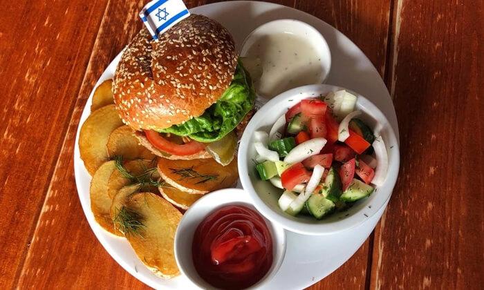 """2 ארוחת המבורגר ובירה בבר מסעדה Craft TLV, בן יהודה ת""""א"""