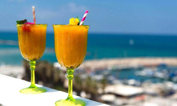 ארוחת בוקר במלון לאונרדו ארט, חוף גורדון תל אביב