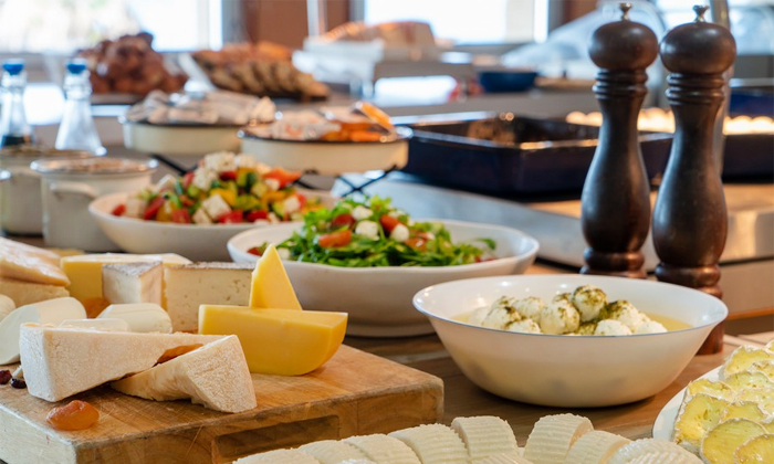 9 ארוחת בוקר במלון לאונרדו ארט, חוף גורדון תל אביב