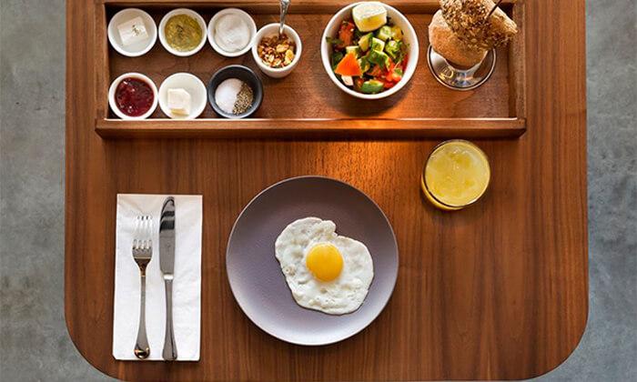 3 ארוחת בוקר בופה במלון אולטרה Ultra, הירקון תל אביב