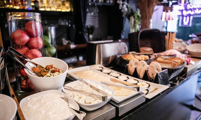 13 ארוחת בוקר בופה במלון אולטרה Ultra, הירקון תל אביב