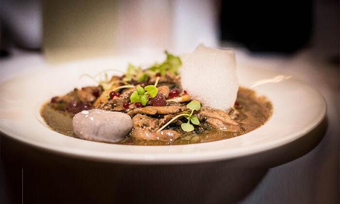 11 מסעדת HFA של שף שחר דבח בעיר התחתית, חיפה - ארוחת פרימיום זוגית
