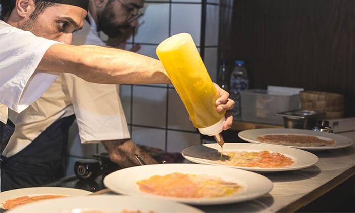 12 מסעדת HFA של שף שחר דבח בעיר התחתית, חיפה - ארוחת פרימיום זוגית