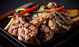 ארוחה בשרים זוגית ב-LOFT