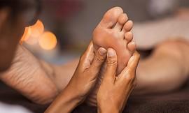 טיפול רפלקסולוגיה 'מגע מרפא'