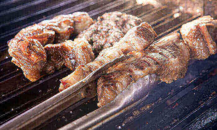 7 מסעדת רק בשר, תל אביב - ערב יינן עם ארוחת ערב זוגית