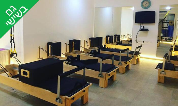 """2 פילאטיס מכשירים בסטודיו לפילאטיס ופיטנס של גל לוי, צפון ת""""א"""