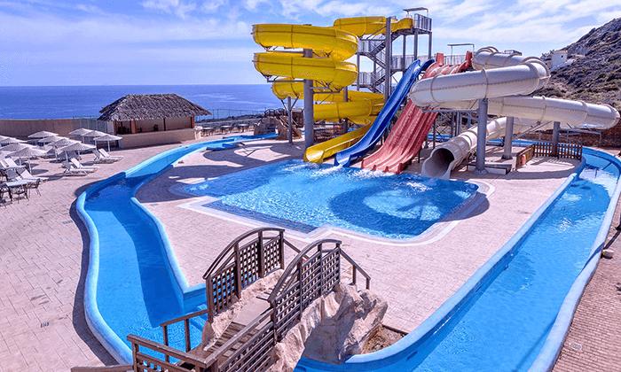 4 כרתים - חופשה משפחתית במלון מומלץ עם פארק מים