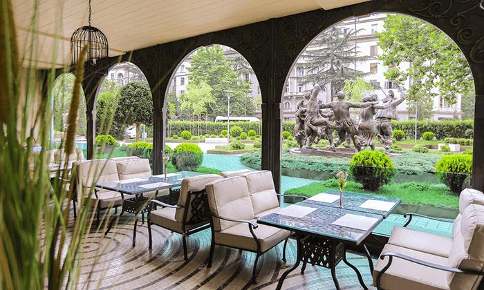 4 חבילת נופש בטביליסי - מלון Ambassadori