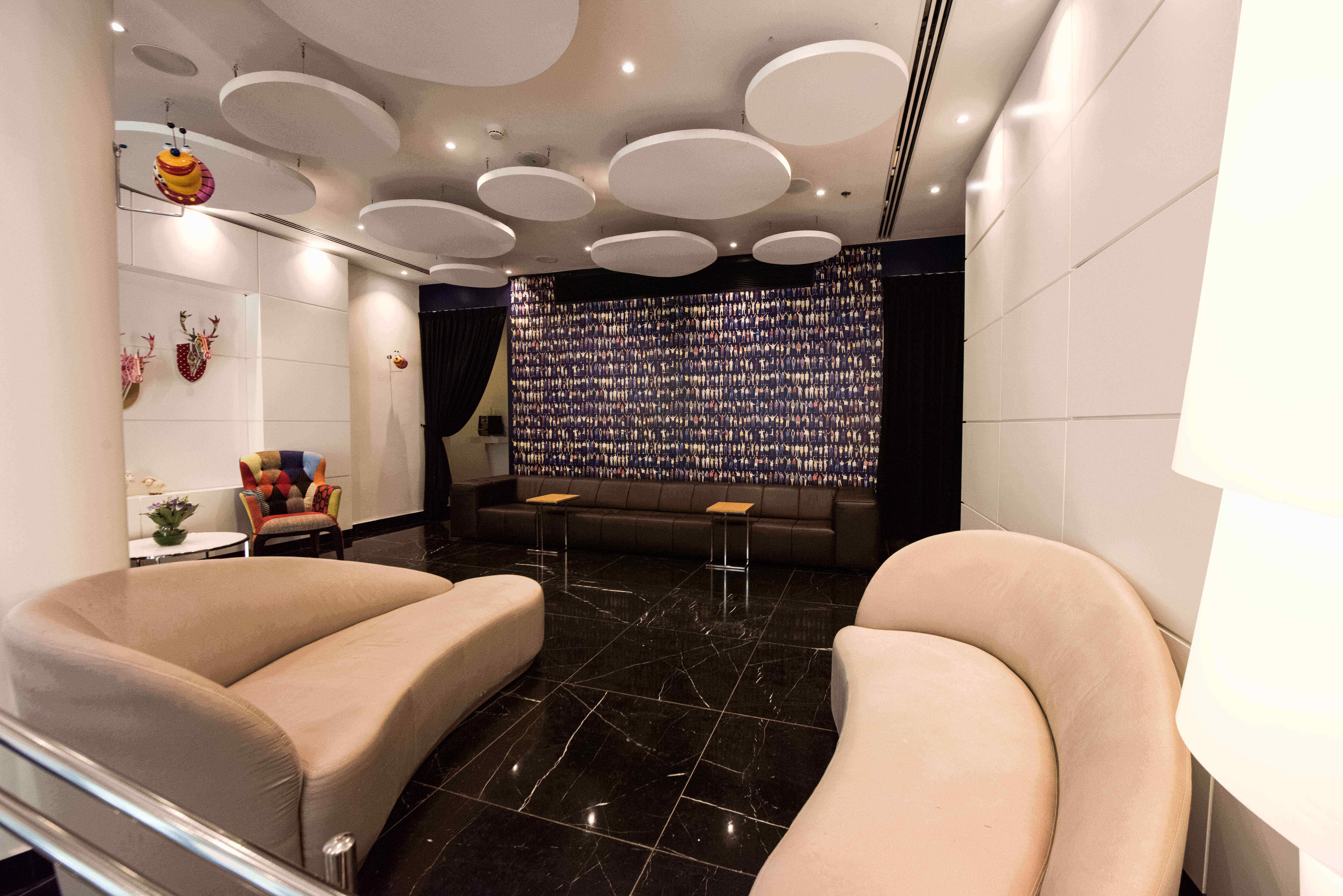 3 מלון אייל ירושלים - לילה זוגי במלון בוטיק