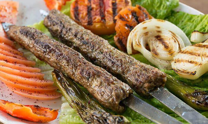 7 מסעדת אבו זאקי בבן יהודה, תל אביב - ארוחה לזוג