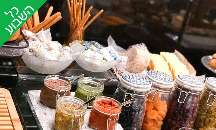 4 ארוחת בוקר בופה במלון ליידי שטרן, ירושלים