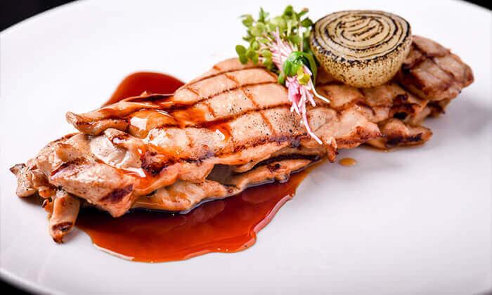 6 ארוחת פרימיום זוגית במסעדת לחם בשר הכשרה למהדרין, נמל תל אביב