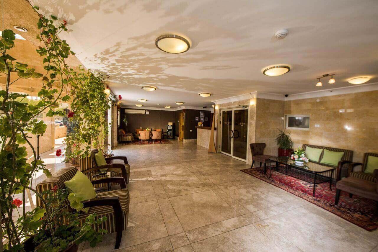 """6 מלון סוויטות רמון - חופשה זוגית כולל סופ""""ש"""