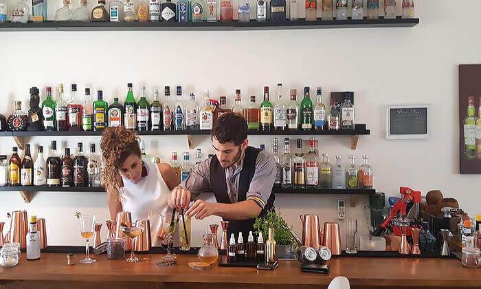 """4 סדנאות קוקטיילים Mixta Cocktails, ת""""א ורעננה"""