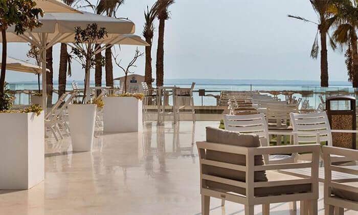 6 ספא מלון הוד המדבר בים המלח - יום פינוק ליחיד או לזוג הכולל עיסוי וארוחת בוקר או צהריים