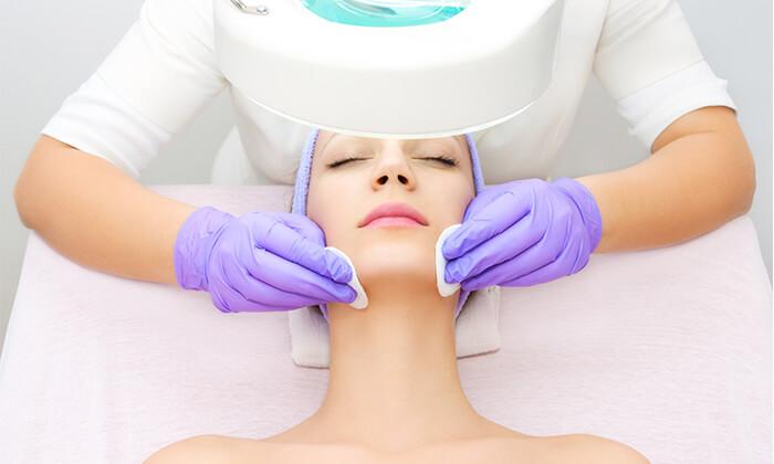 2 אורלי קוסמטיקס בנתניה - מבחר טיפולי פנים