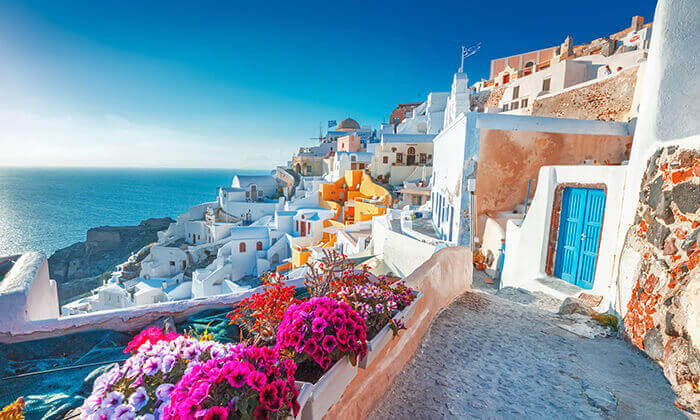 7 חבילת נופש לסנטוריני - מלון Aegean Plaza
