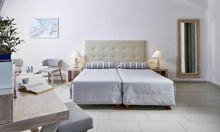 4 חבילת נופש לסנטוריני - מלון Aegean Plaza