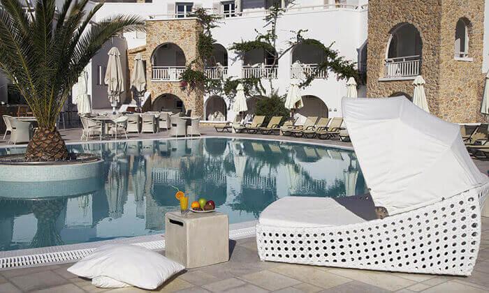 6 חבילת נופש לסנטוריני - מלון Aegean Plaza