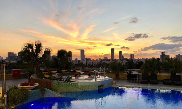 2 יום כיף במלון לאונרדו סיטי טאואר, תל אביב