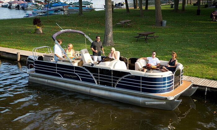3 אטרקציה לחופש הגדול: שייט בסירת מנוע פונטון באילת
