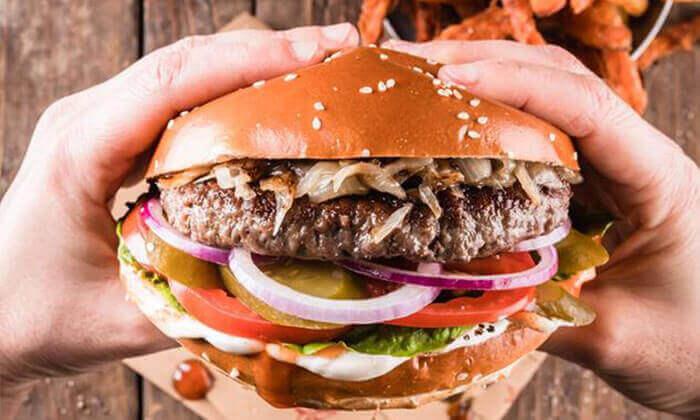 """6 מסעדת קרנף הכשרה - ארוחה ליחיד בסניף לונדון מיניסטור, ת""""א"""