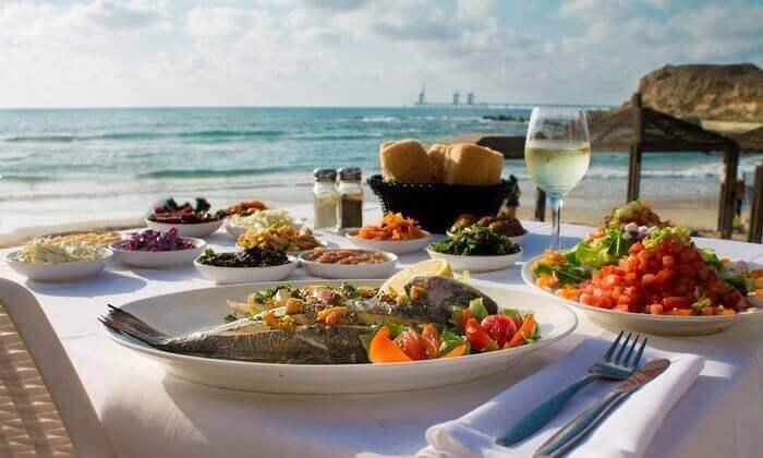 2 ארוחת צהריים ליחיד או לזוג במסעדת בני הדייג, נמל תל אביב