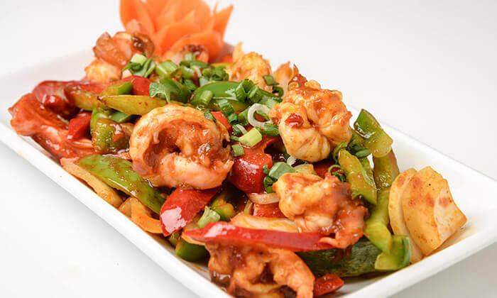 4 מסעדת אסיה בהרצליה פיתוח - ארוחה לזוג או לארבעה