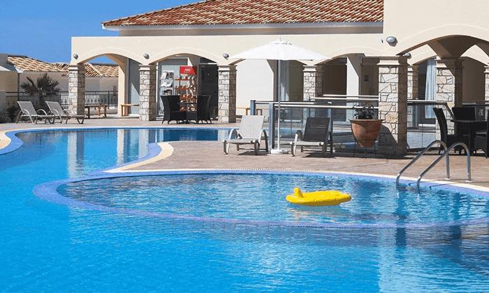 4 חבילת נופש בפאפוס, קפריסין - מלון Club StGeorge