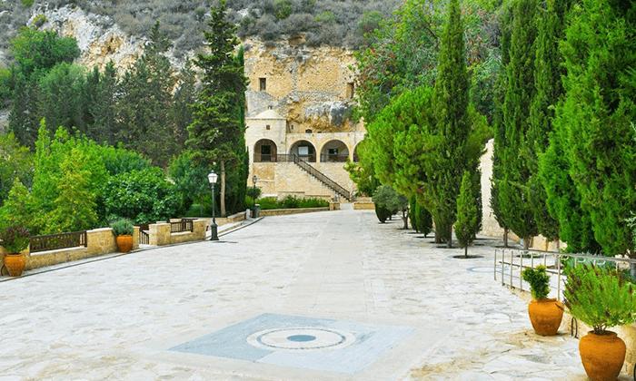 5 חבילת נופש בפאפוס, קפריסין - מלון Club StGeorge