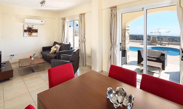 7 חבילת נופש בפאפוס, קפריסין - מלון Club StGeorge