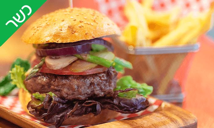 2 אוכל כשר באווירה ספרדית - Iilan's kosher burger bar ברצלונה