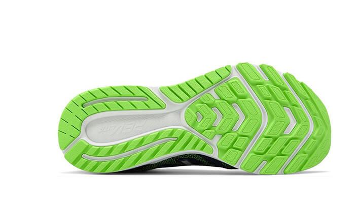 7 נעלי ריצה לגברים NEW BALANCE