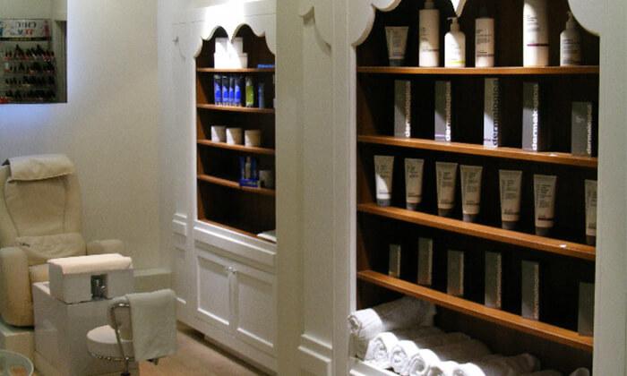 5 Pure White Cosmetic בדיזנגוף סנטר - מבחר טיפולי פנים