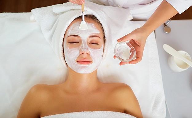 טיפול פנים ב-Pure White